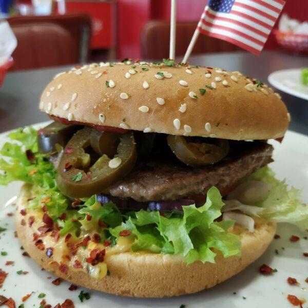 Classic Chili Burger